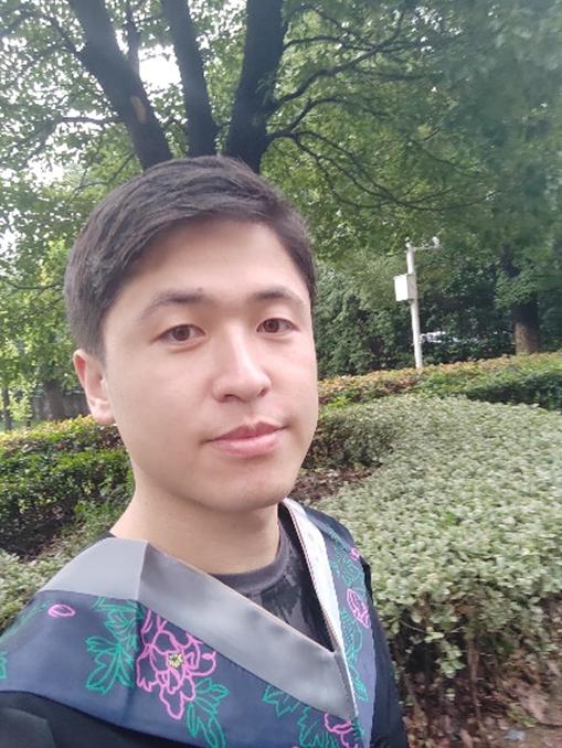 Yongqi Ye (叶永奇) : Alumni